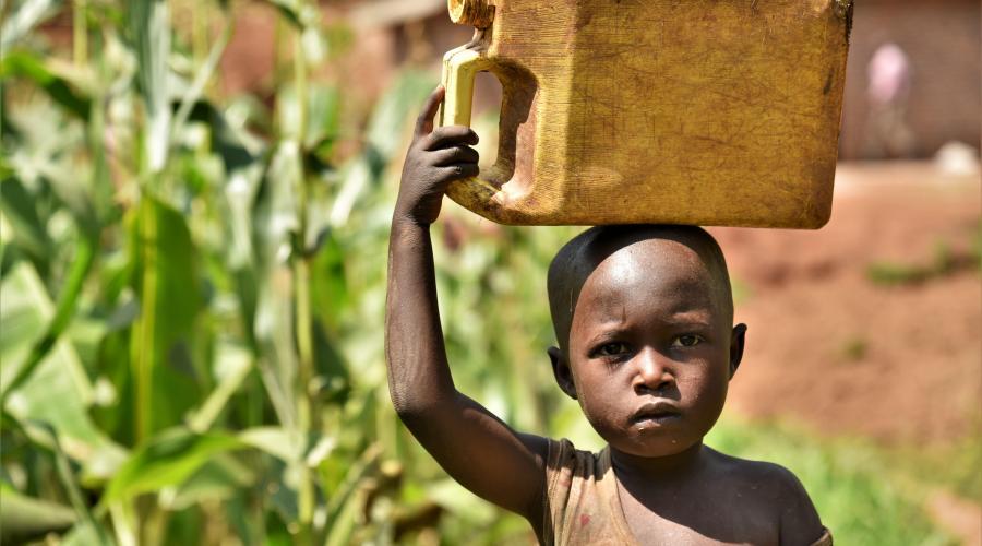 """Nel 2019 iniziamo il più grande progetto idrico in Ruanda. """"Il Sistema di Acquedotti di Gatsibo"""" che porta acqua pulita a 51.800 persone."""