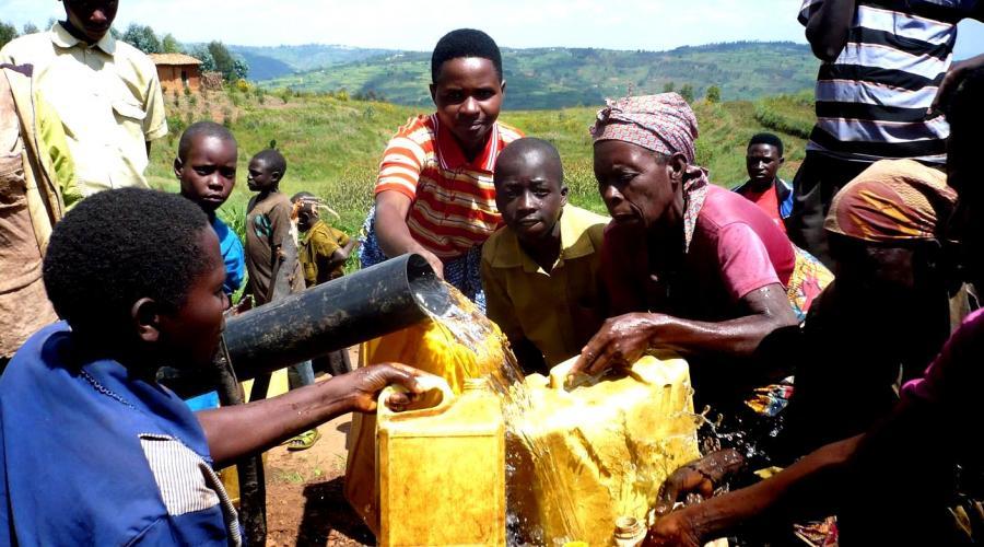 Fai rinascere il futuro nei villaggi senza acqua!